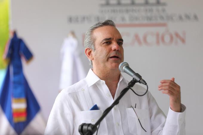 Abinader pide otros 45 días de estado de emergencia