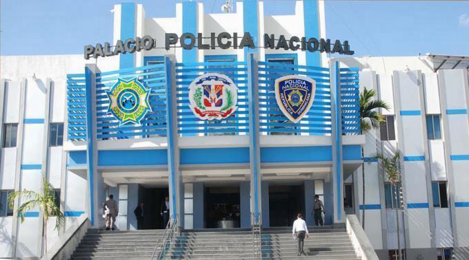Policía ha detenido a 40 personas en abril por comercio irregular