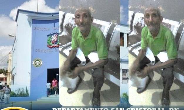 Adulto mayor se encuentra extraviado en Departamento policial de San Cristóbal