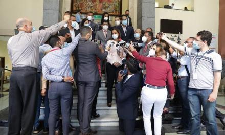 Sacan a relucir fortuna millonaria del general Cáceres