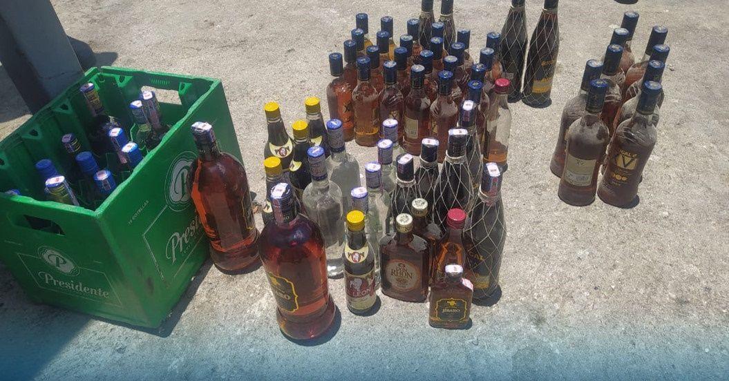 En San Cristóbal la policía allana negocios e incauta bebidas adulteradas