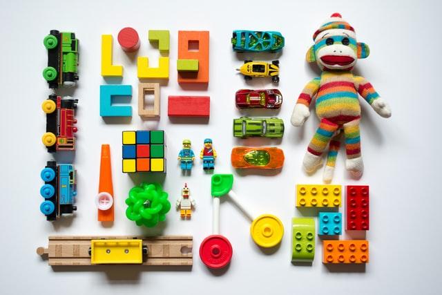 bisnis mainan online