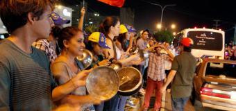 Jóvenes encadenados en Altamira convocan a cacerolazo nacional HOY 7PM