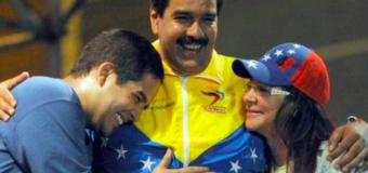 Entorno íntimo de Nicolás Maduro desvía fondos públicos a cuentas particulares