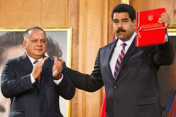 Nicolas-Maduro-con-Diosdado-Cabello-Plan-de-la-Patria-800x533-5