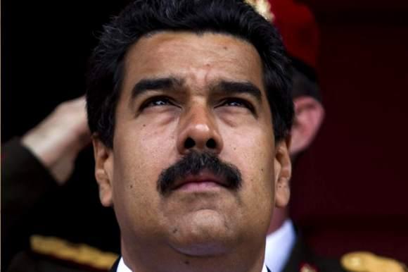 Nicolas-Maduro-preocupado-pensativo