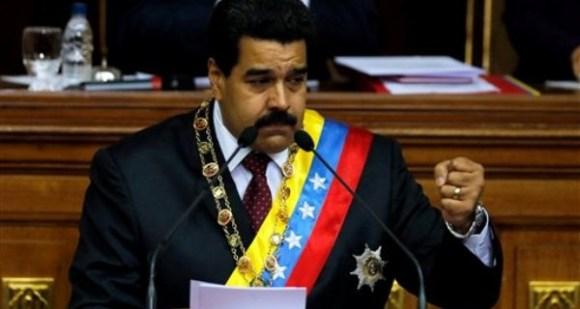 Maduro-mano-alzada-600x320