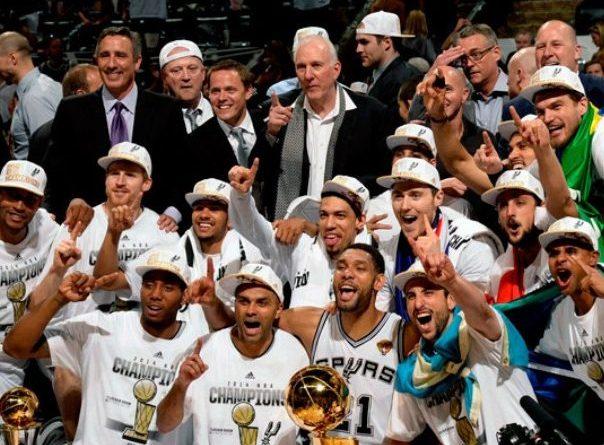 El equipo de la historia de la NBA con más jugadores internacionales en una misma temporada