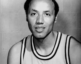 El hombre que ha participado en más partidos de la NBA es Lenny Wilkens