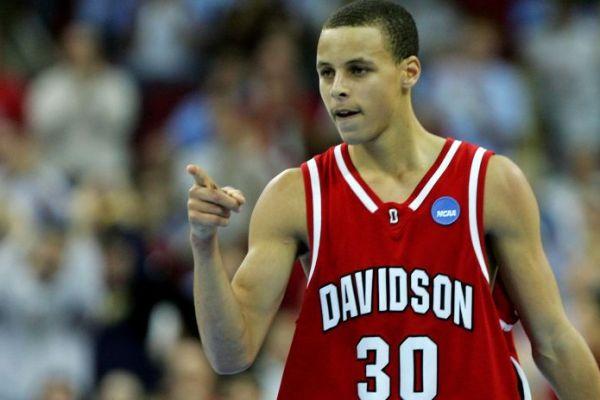 Curry anotadores NCAA