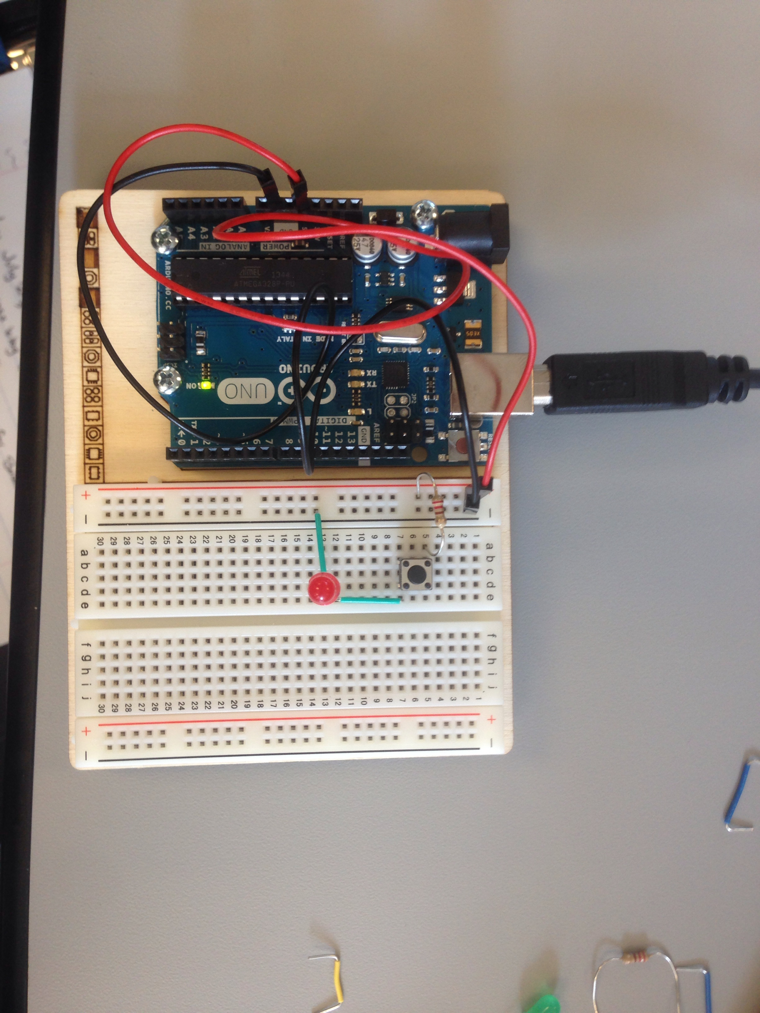 How To Use A Breadboard And Build A Led Circuit Tuts Computer