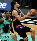 Phoenix Suns derrotó a los Charlotte Hornets en dramático tiempo extra