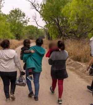 Rescatan a 136 migrantes, entre ellos 19 menores, en Tlaxcala