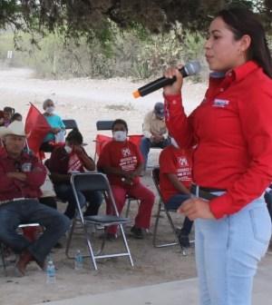Con el apoyo del pueblo de Charcas llegaremos a la Alcaldía: Yesenia Berenice