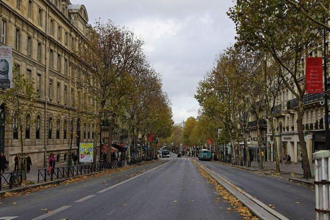 1024px-Boulevard_Saint-Michel,_Paris_5 - Photo besopha