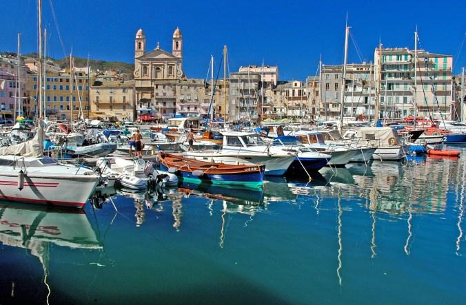 le-vieux-port-de-bastia-corse-ee03041c-2c39-41fe-bf22-2a88f1864e62