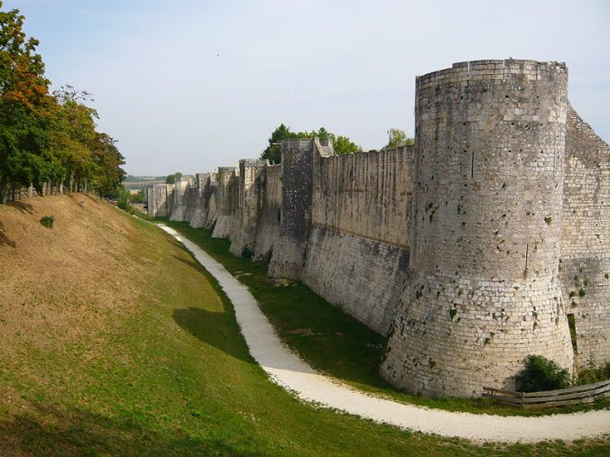 Fortifications ouest - Provins - photo laifen