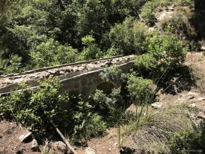 río Espuña y caño de agua