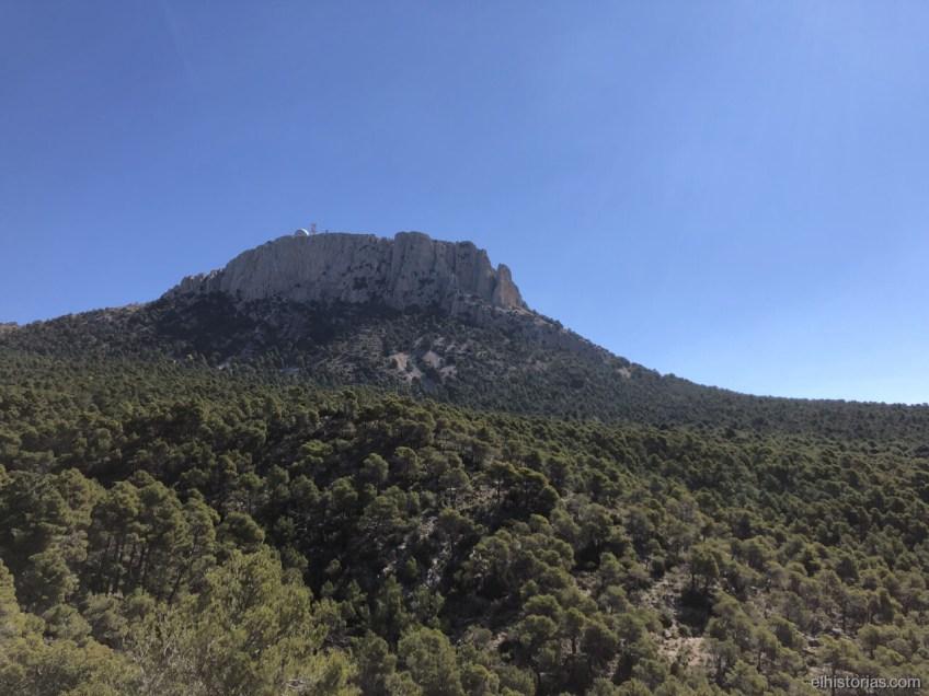 El Morrón desde el camino del Pinillo