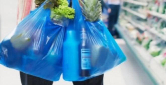 Francia prohibirá las bolsas de plástico en las tiendas en 2016