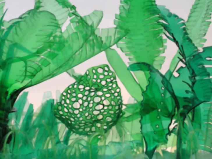 Дизайнер превращает пластиковые бутылки в удивительные скульптуры растений и животных