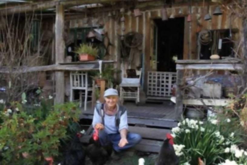La mujer que ha vivido más de 30 años de su huerta