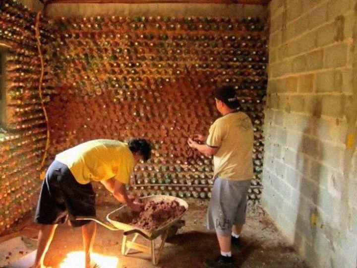 Casa con botellas de plastico3