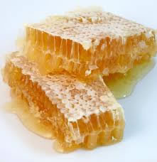 http://www.waikatobeekeepers.org.nz/i/Comb-Honey.jpg