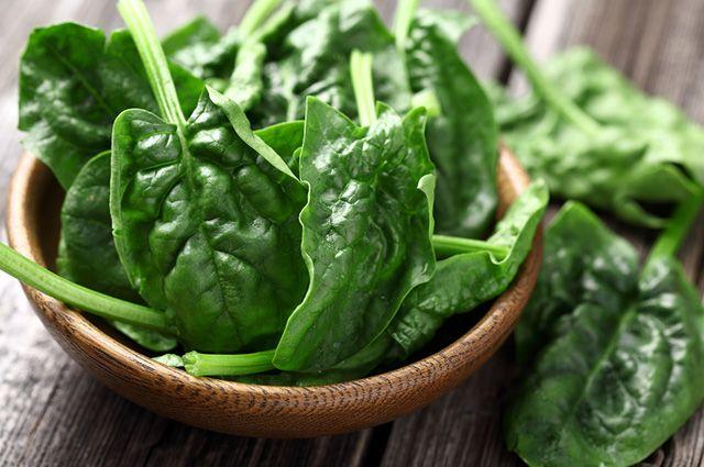 10 beneficios y propiedades de la espinaca
