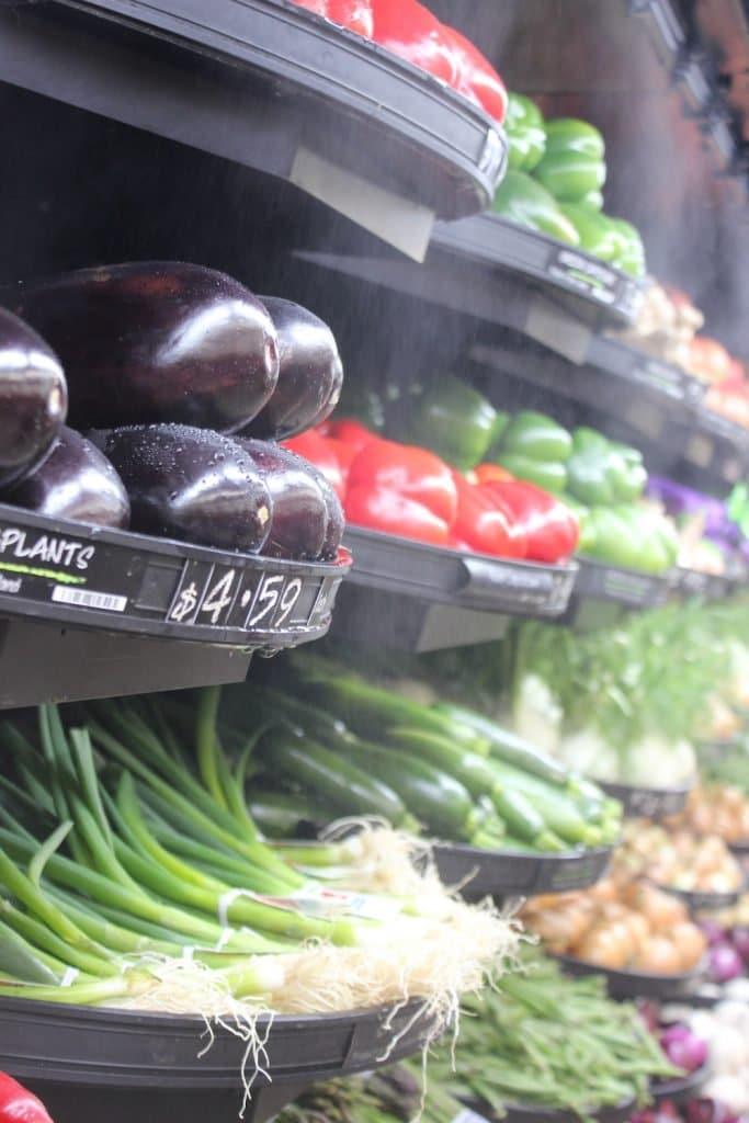 Red de supermercados de Nueva Zelanda retira plásticos de sus frutas y hortalizas