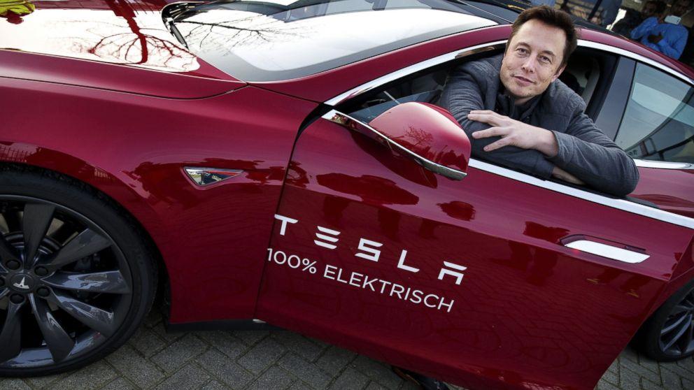 Elon Musk libera las patentes de Tesla para ayudar a salvar al planeta