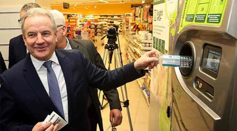 El sistema de recolección recicla el 92% de las botellas de PET en Lituania