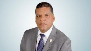 Diputado Goris pide destituir al ministro de salud pública.
