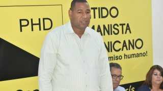 Cristián Tejada nuevo presidente y Mayra Pichardo SEC. Gral por el PHD en SFM.