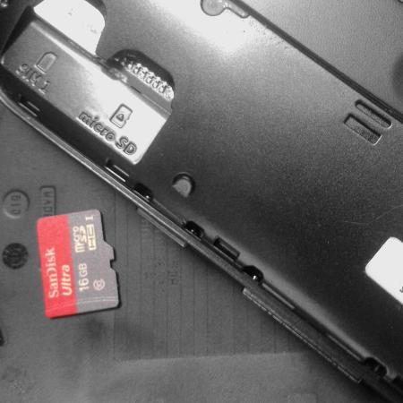 Cartão micro SD Sandisk Ultra 16 GB