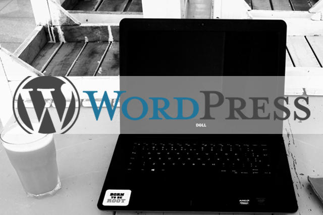wordpress logo on a laptop