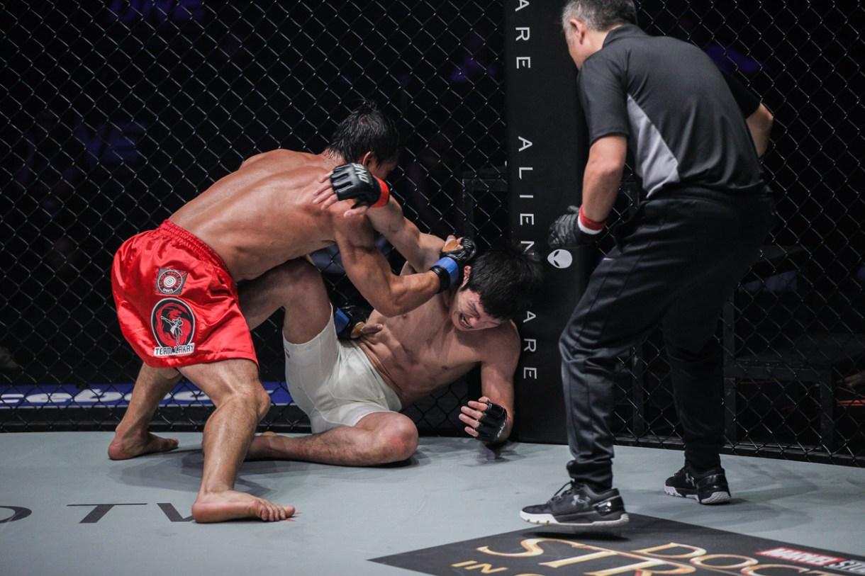 Eduard Folayang stops Shinya Aoki