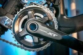 Shimano-XT-di2-electronic-shifting-drivetrain-mountain-bike-mtb-battery-wired-24-1-600x400