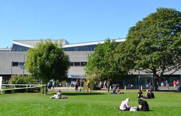 Semestre ou Année de Césure, Chichester College, Angleterre