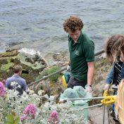 Plymouth-Beach-Clean-benevole
