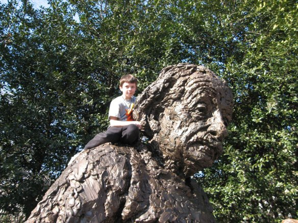 grandson-and-einstein