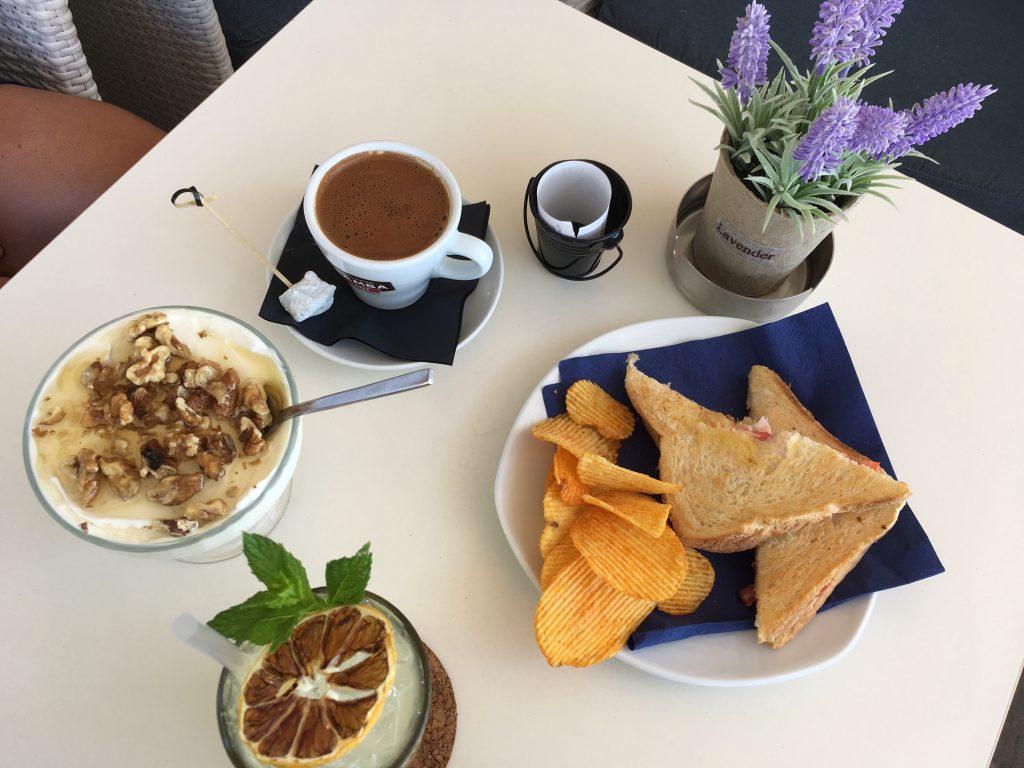 colazione greca