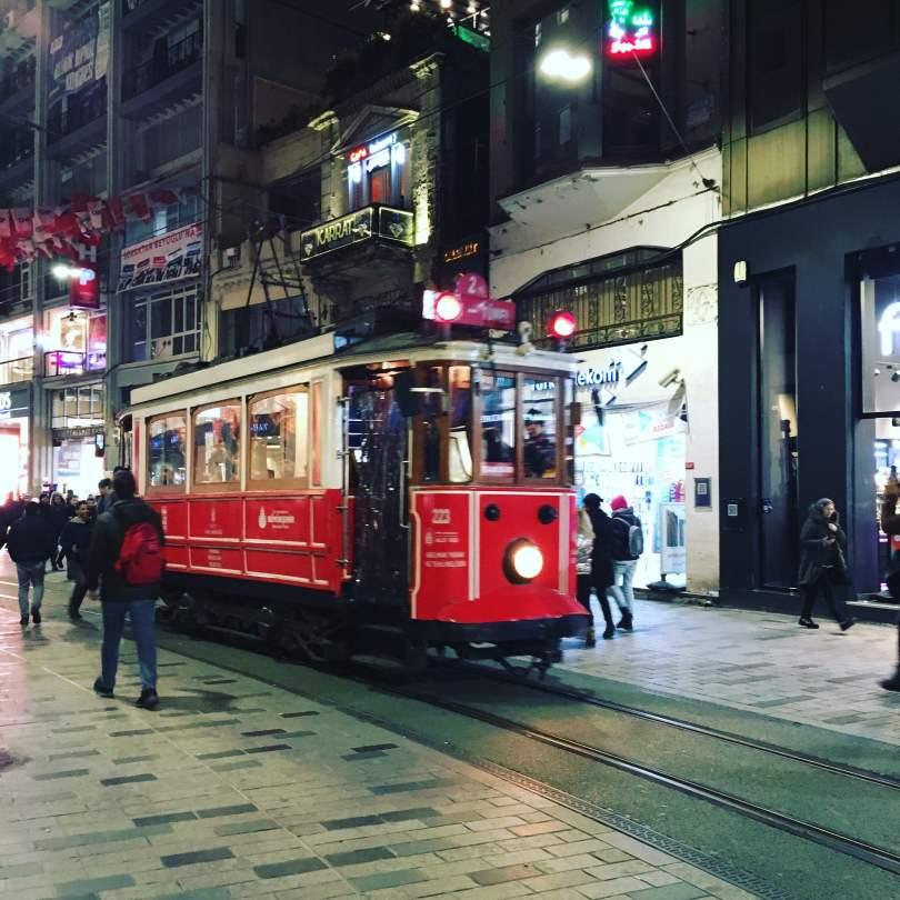 Tram_Istiklal Caddesi