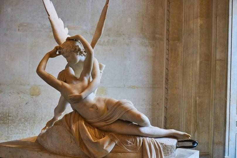 Amore e Psiche_scultura al Louvre