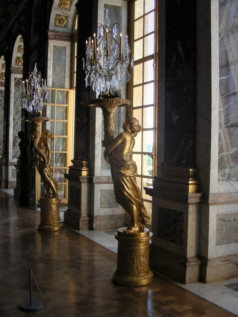 Statue a Versailles