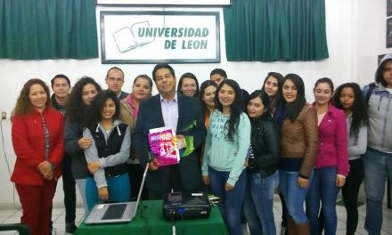 Universitarios de San Francisco del Rincón, asisten a conferencia sobre Guadalupe Posadas