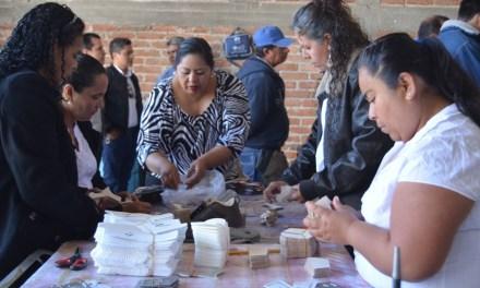 Inician sexto curso de pespunte en comunidad de San Francisco del Rincón