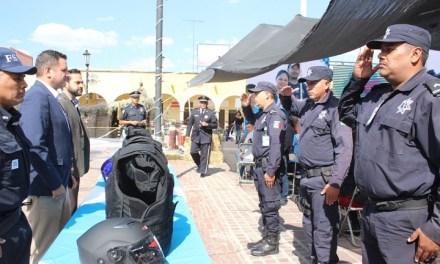 Equipan a policías de Manuel Doblado