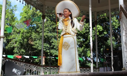 """Muestran su talento en primer concurso de canto """"Serenata Mexicana"""""""
