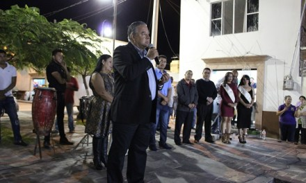 Iluminan Jalpa de Cánovas